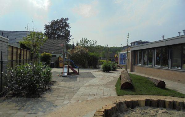 Vernieuwing van een schoolplein in Kesteren